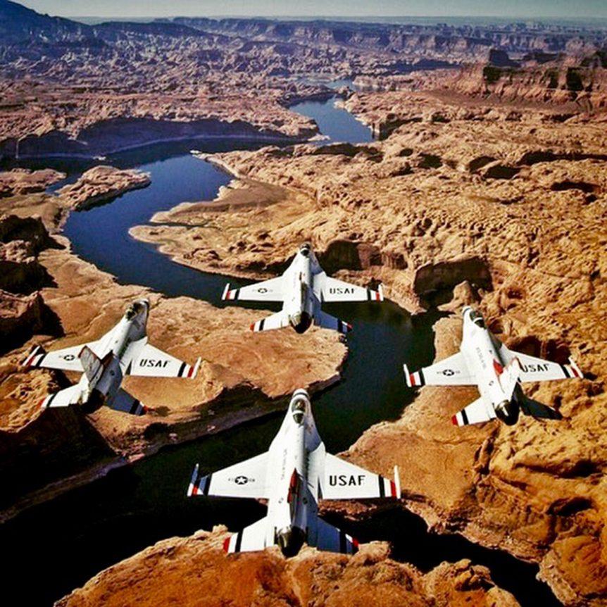 US Navy Thunderbirds